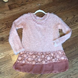 Bella Amore sweater top